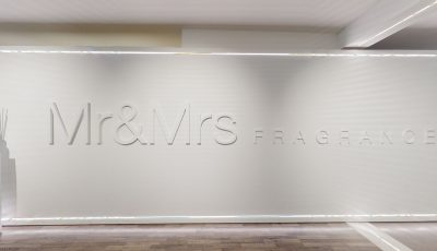 Mr & Mrs Fragrance – Showroom 3D Model